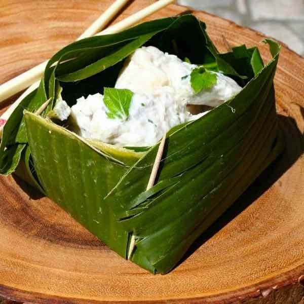 Comment réaliser la coupelle de feuilles de banane pour le Amok ?
